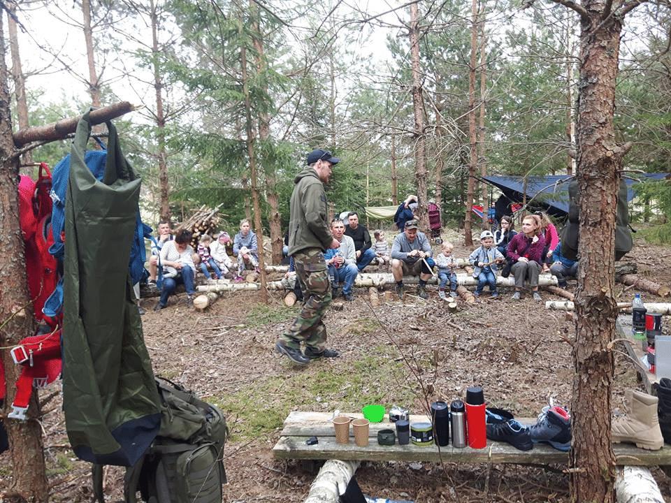 Pārgājienu ekipējuma demonstrācija dabā - stāsta Mārtiņš Muižnieks | STREELNIEKS.LV