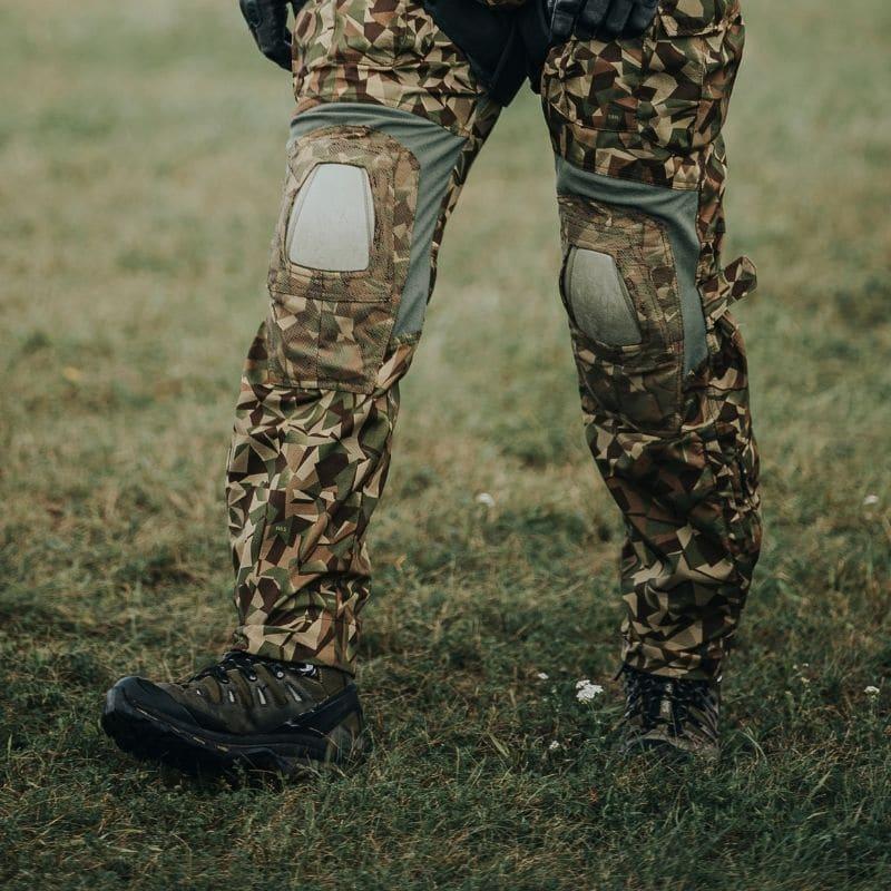 Latvijas Armijas SUV karavīrs Salomon Quest 4D trekinga zābakos
