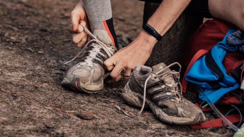 Taku skriešanas apavi un parastās botas agresīvu pārgājienu apstākļos var tikt ātri nolietotas